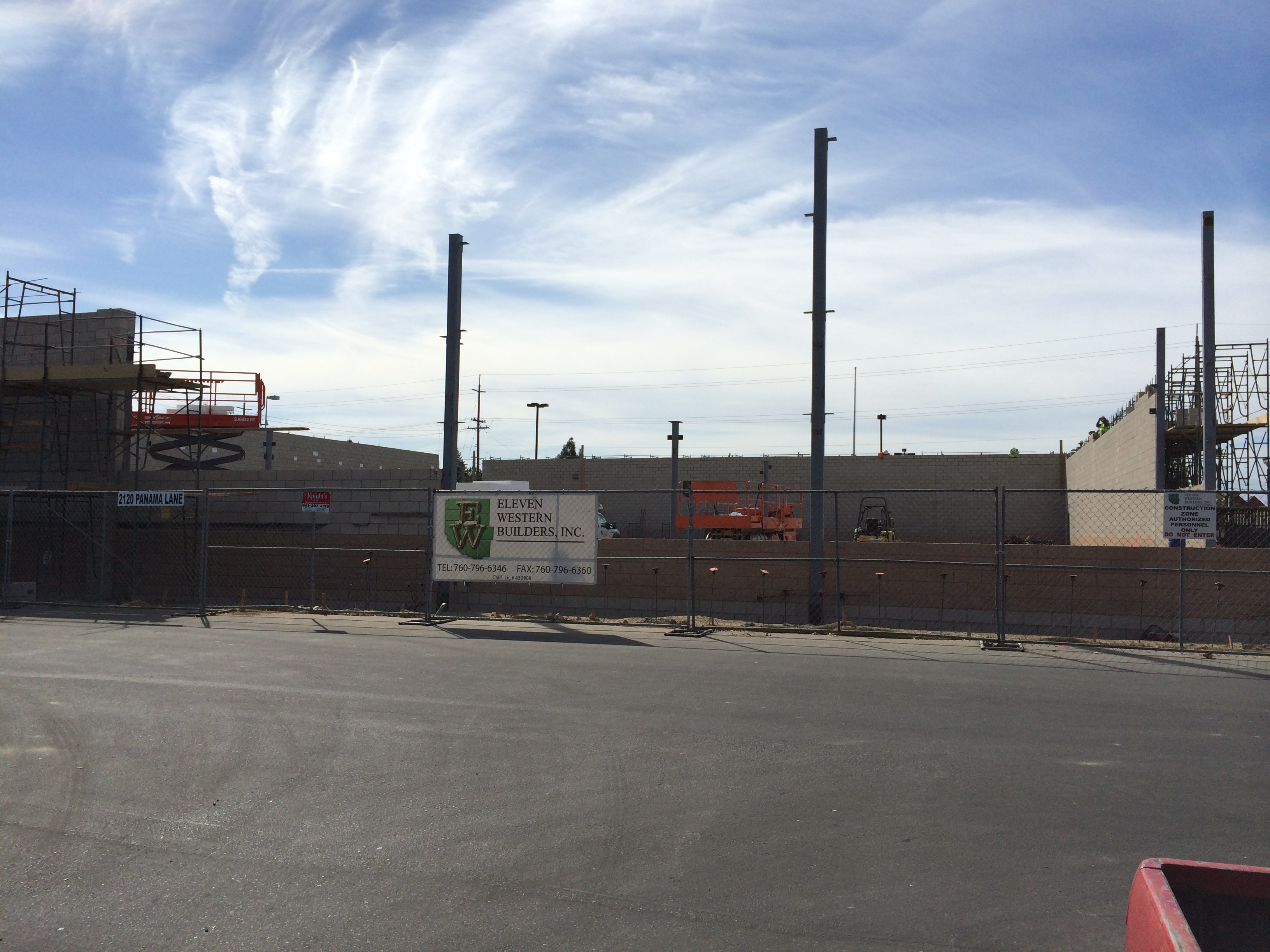 Aldi market 92 west coast drywall construction inc for Builders in bakersfield
